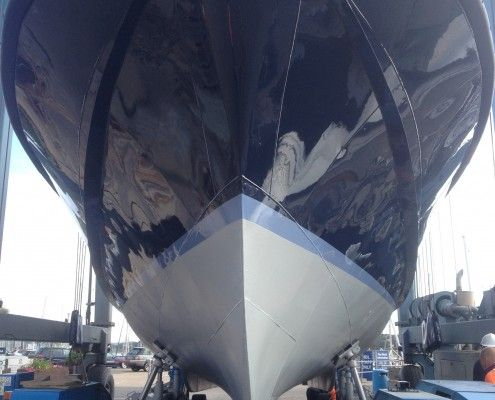 Custom Boat Refinishing