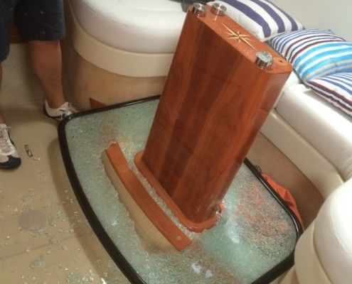 Desty Marine broken table